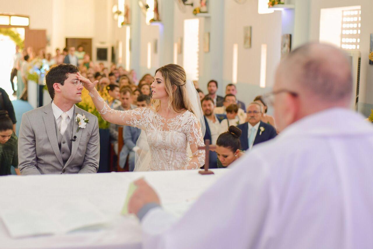 Penélope Lira e Thiago Diniz